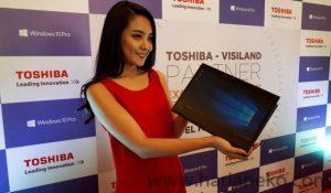 Laptop Toshiba tipis terbaru