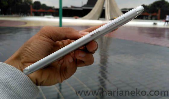 Port Bagian Kanan Zenfone 3 Max ZC553KL